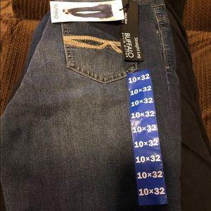 Women's straight leg buffalo jeans size 10 x 32L